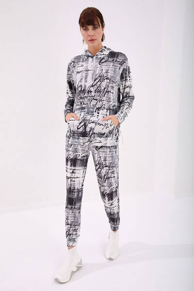TommyLife - Tommy Life Toptan Siyah-Siyah Kadın Kapüşonlu Karışık Batik Desenli Rahat Form Manşetli Eşofman Takım