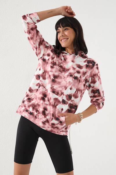 TommyLife - Tommy Life Toptan Bordo Kadın Karışık Batik Desenli Kanguru Cep Rahat Form Kapüşonlu Sweatshirt-97130