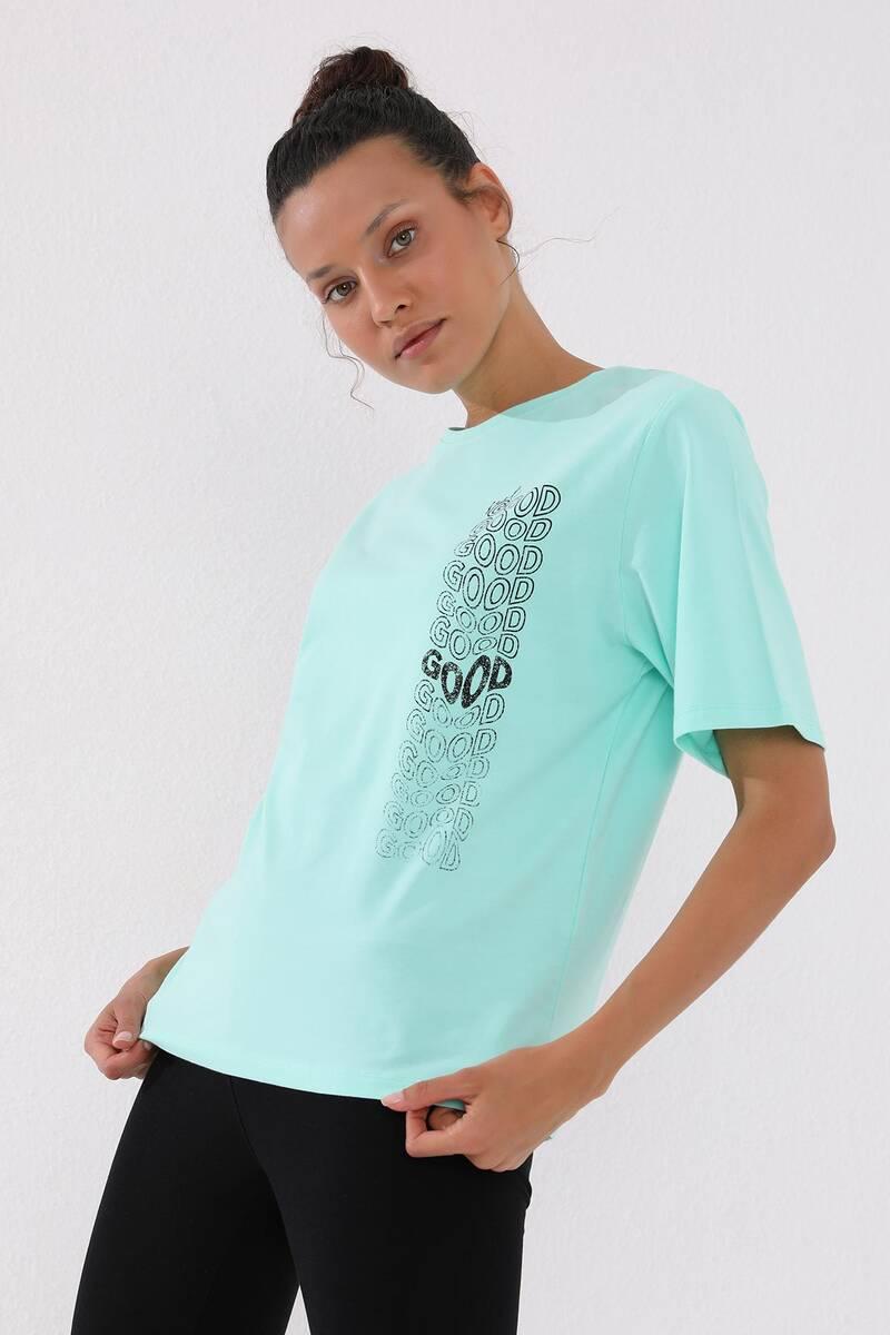TommyLife - Tommy Life Toptan Mint Yeşili Kadın Deforme Yazı Baskılı Oversize O Yaka T-Shirt - 97134