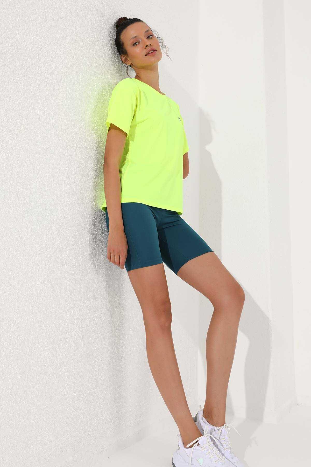 Tommy Life Toptan Neon Sarı Kadın Arkası Uzun Kısa Kol Standart Kalıp O Yaka T-Shirt - 97152