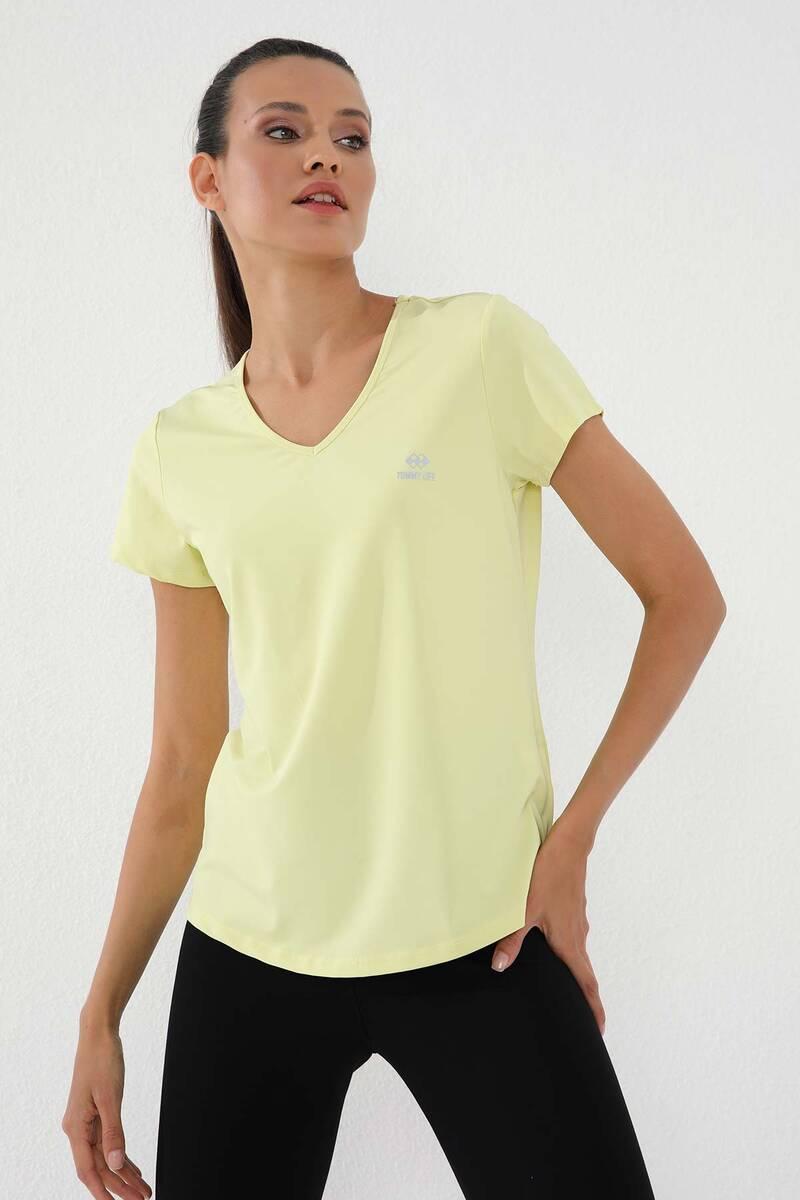 TommyLife - Tommy Life Toptan Limon Kadın Basic Kısa Kol Standart Kalıp V Yaka T-Shirt - 97145