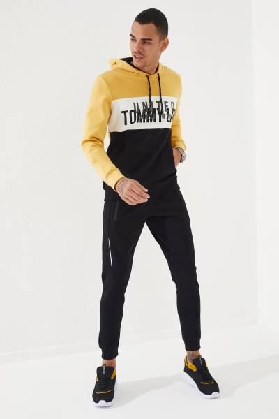 TommyLife - Tommy Life Toptan Siyah Erkek Fermuar Cepli Biye Detaylı Dar Kesim Jogger Eşofman Alt-84809