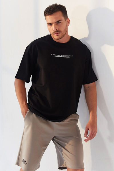 TommyLife - Tommy Life Toptan Siyah Erkek Yazı Baskılı Oversize O Yaka T-Shirt - 87984