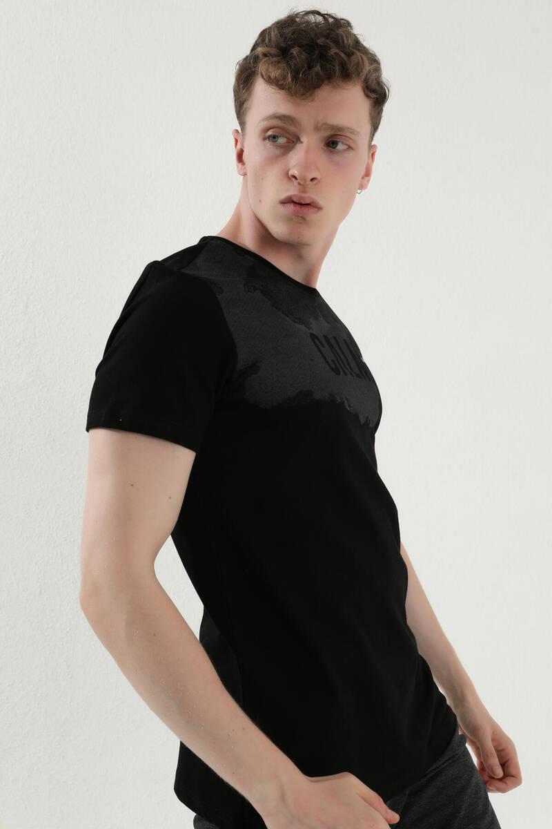 TommyLife - Tommy Life Toptan Siyah Erkek Mat Desen Baskılı Standart Kalıp O Yaka T-Shirt - 87976